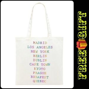 FOREVER 21 Graphic City Tote